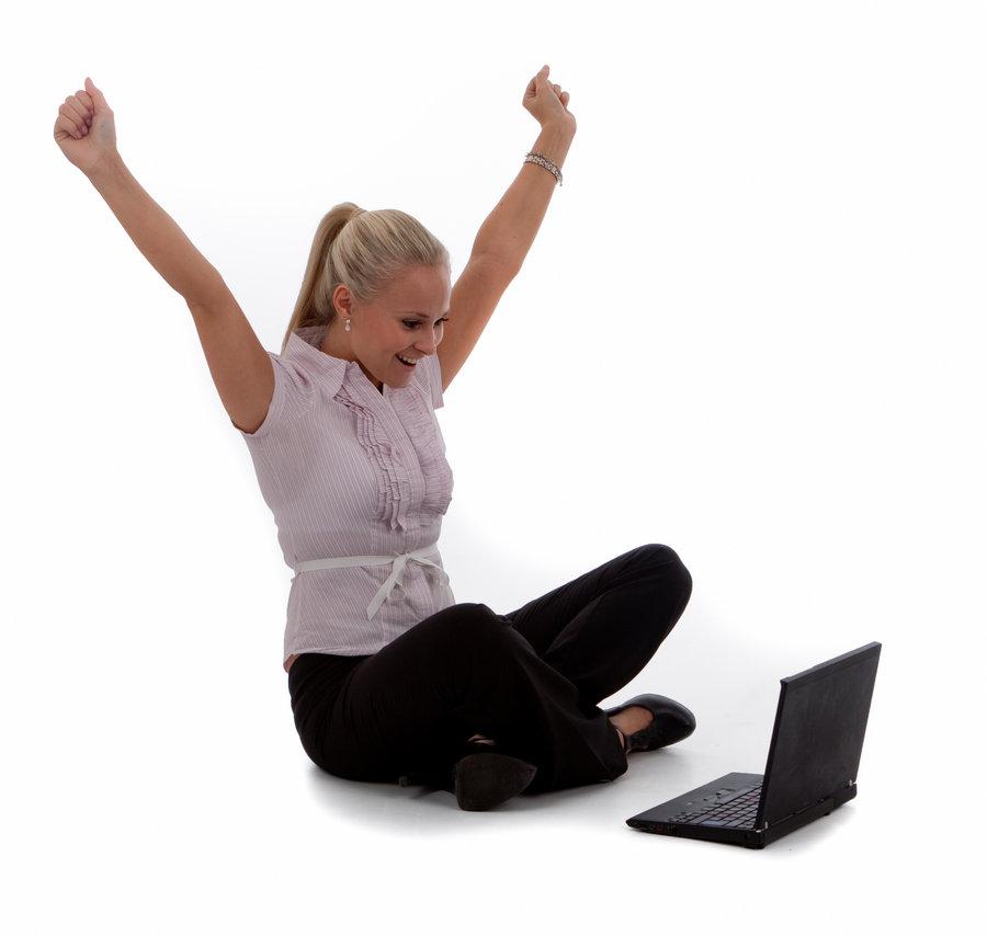 mujer-con-ordenador1