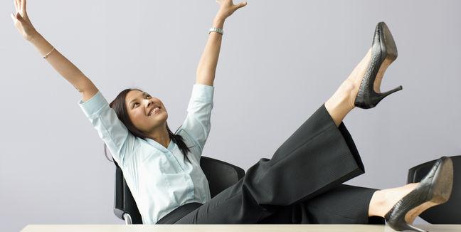 mujer-trabajo-oficina-feliz-felicidad_MUJIMA20110912_0021_32