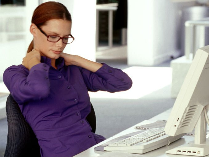 mujer_oficina_trabajo
