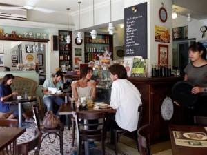 cafe-1.JPG.694x520_default