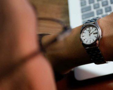 1469814442-reloj